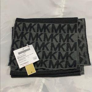 Michael Kors logo knit scarf.